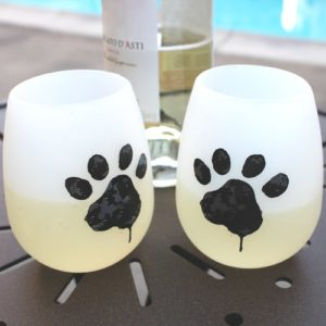 Gifts for Dog Lovers - Unbreakable Paw-Print Wine Glasses Set